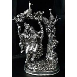 Radhe Krishna on Zula Antique Murti